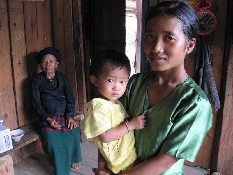 雲南省 貧しい家庭